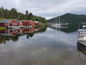 En kvällsbild i Berghamn