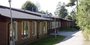 Planerna på att flytta högstadiet från Sunnerbyskolan i Sorunda är fel, anser Erika Palmheden.