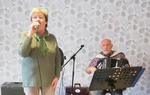Lotta och Rolf framförde kända melodier. Arkivbild: Ulla Deutschmann