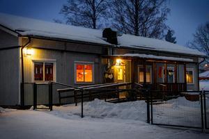 Sverigedemokraterna föreslår i en motion att förskola/nattis inrättas i anslutning till Dalarnas större sjukhus.