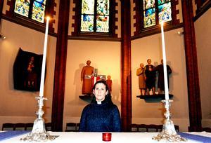 Petra Hamnström, präst i Sundsvalls församling, tror att så länge människor är obeväpnade skulle man hjälpa varandra i ett framtida krissamhälle.