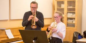 Sonny Espling är musiklärare i KAPIS.