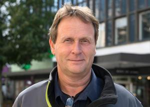 Polisen Robert Svedberg uppger att passexpeditionen i Sundsvall gör sitt yttersta för att hitta extratider.