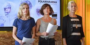 Malin Alm, Myra Neander och Anita Nyman från förställningen Polarfararna, då Riksteatern presenterar delar av höstens föreställningar under en pressträff på Södra teatern i Stockholm. Foto: Jonas Ekströmer