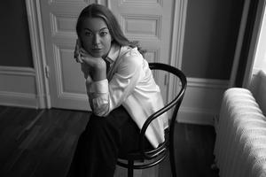 """Karolina Ramqvist blandar samtid och 1500-tal i sin nya roman """"Björnkvinnan"""". Foto: Alexander Dahl"""
