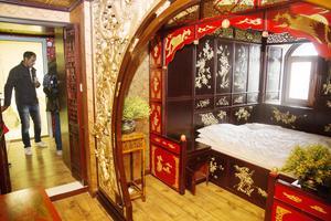 Hotellrummen är inredda och kinesisk stil.