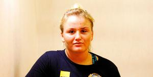 Vilken idrott är Denise Makota Ström framgångsrik?