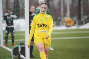 Johanna Olsson gjorde båda målen i den starka segern mot Sandviken, och noterade ytterligare ett mål i lördagens hemmamatch mot Bele Barkarby.