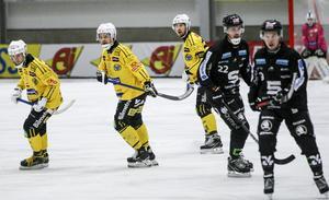 Magnus Fryklund var tillbaka efter sin skada och gjorde sin första match sedan premiären den 1 november.