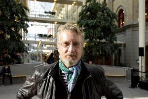 Petter Österlund, 49, intendent Sundsvalls museum, Haga: