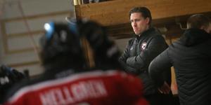 Erik Planeby tvingades summera nionde raka förlusten som Kumla Hockey-tränare.