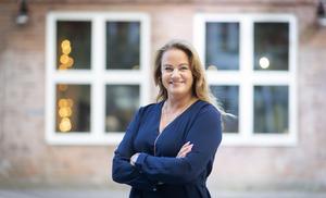 """""""Högskolan Dalarna har en viktig roll i att utveckla och förse regionen med framtidens medarbetare och jag ser därför fram emot att stärka vårt samarbete ytterligare"""", säger Jenny Larsson. Foto: Jonas Bilberg"""