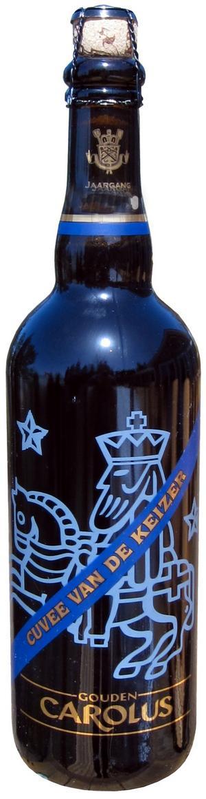 Söt och intensiv. Belgiska Gouden Carolus Cuvée van de Keizer Blauw är en årgångsöl som bör lagras för att alla smakkomponenter ska gifta sig.