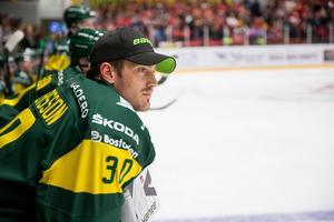 Mattias Pettersson har fått se de flesta matcherna från båset så här långt den här säsongen. Foto: Johan Löf/Bildbyrån