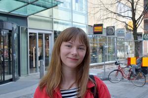 Erika Burman, 16, studerande, Alnö: