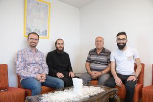 Här sitter några av dem som varit med och planerat årets sommarskola. Från vänster: Elias Chamoun, Zaytoun Saome, Samuel Adam, Gabriel Staifo