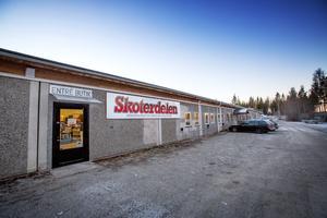 Skoterdelen.com flyttade 2015 till ACB:s före detta industrilokaler i Skanderåsen.