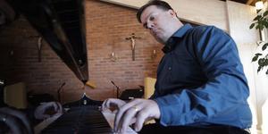 Göran Enegård är ny kyrkomusiker i Svegsbygdens församling.