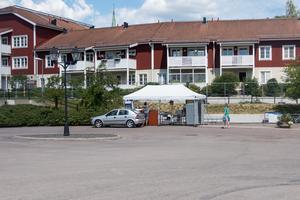 På mattorget som byggs upp vid rondellen utanför Vasahallen ska mat från olika hörn av världen serveras.