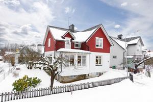 Rynninge lockar många. Den här villan i Rynninge lockade till flest viryuella klick i veckan som gick.