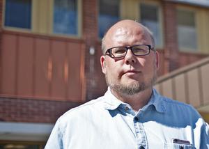 """""""Alla flyttkostnader och städning kommer kommunen ta hand om"""", säger socialnämndens ordförande Niclas Bergström (S)."""