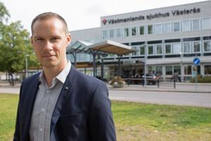 Mikael Andersson Elfgren är oppositionsråd för Moderaterna i region Västmanland.