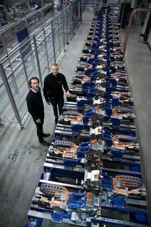 50 meter lång är den helautomatiska maskinen som tagit närmare tio år att utveckla.