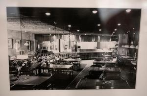 Svartvitt foto av Pigalle från 1960-talet.