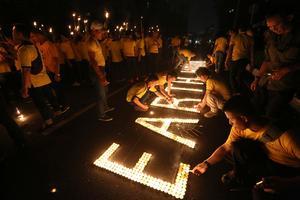 Världens största miljömanifestation – Earth hour pågår ikväll under en timme. Foto: Tatan Syuflana/TT