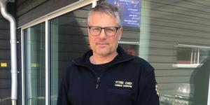 Gunnar Hansson hävdar att man har det något mer förspänt i Stockholm än i övriga landet när det gäller bemanning.