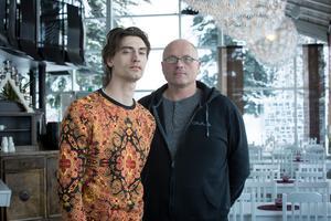 Gustaf Norén kommer att uppträda tillsammans med sina bröder Kalle Norén och Viktor Norén för allra första gången under julkonserten. Något som Marcus Moszny menar kommer bidra till att en familjär känsla skapas.