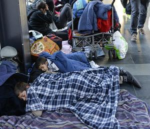 På den här bilden från Malmö sin några av alla de flyktingar som sökt sig till Sverige undan krig och nöd.
