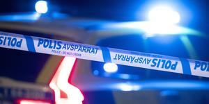 Andelen kommuninnevånare som har blivit utsatta för hot och fysiskt våld har ökat kraftigt i Norrtälje kommun. Det är därför bra att politikerna nu tillsätter ett trygghets- och säkerhetsråd för att vända utvecklingen. Foto: Johan Nilsson, TT.
