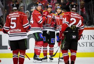 Tre raka segrar och stort självförtroende i Örebros lag just nu. Bild: Johan Bernström/Bildbyrån
