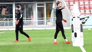 24-åringen hyllar Oscar Jansson som han lärt sig mycket av under sin tid i klubben.