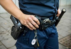 Kvinnan ska ha gått till angrepp mot polisen när hon skulle omhändertas enligt LOB. Foto: Claudio Bresciani/TT