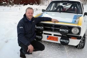 35 år efter senaste rallytävlingen, har Bengt Norberg  köpt inte bara en, utan två Ford Escort för att köra rally igen.