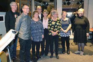 Flera medarbetare i Lekbergs kommun tackades nyligen med middag och gåvor på Lanna lodge.Foto: Lekebergs kommun