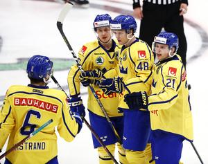 Tre Kronor blev världsmästare efter att ha spelat propagandahockey. Bild: StefanJerrevång/TT