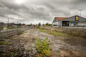Den nya vägen ska ersätta gatan intill Lidl, som hittills använts för att ta sig in på SJ-området.
