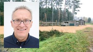 Ola Gustafsson är näringslivs- och fritidsansvarig i Aneby kommun. Han är dessutom involverad i SOK Aneby som nyttjar backen.
