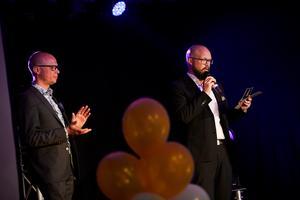 Jonas Olert och Ulf Rautila från Northcar delade ut pris till Årets uppstickare..