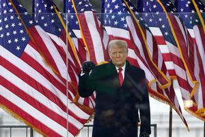 USA:s president Donald Trump eldar på demonstranterna innan stormningen av Capitolium den 6 januari. Foto: Jacquelyn Martin