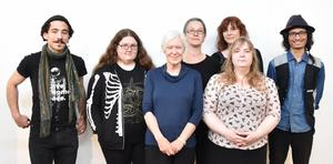 Philip Alexander Vasdékis, Anna Hansson, Anna-Karin Lundmark, Ulrika Bjöörn, Ehkaw Bathein. Främre raden från vänster: Barbro Hårding och Ann-Sofia Åkerlund