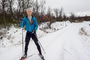OS guldmedaljören Lars Nelson i Bruksvallarna passade på att ta en tur längs Mittåkläppsvägen på sin lunchrast.