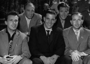 AC Milans kedja på en bild från 1950.  Från vänster; Burini, Gunnar Gren, Gunnar Nordahl (längst fram i mitten), Nils Liedholm och Canidani. De tre svenska spelarna gick under namnet Gre-No-Li. Foto: TT