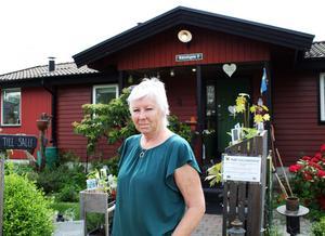 Sällskapet Trädgårdsamatörerna och Mälardalskretsen håller öppna trädgårdar för allmänheten i år och Rose-Maries trädgård är en av dem. Alla är välkomna att komma dit lördagen 29/6 kl 11-15 på Båtstigen 2 i Västerås.