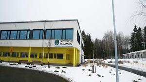 Furuborgskolan, vars andra etapp också är klar, är både grundskola och förskola för tillfället.