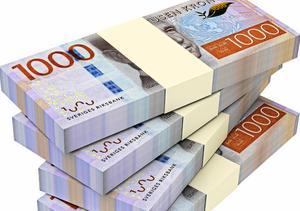 I länet handlar det om skulder för miljoner, i landet om miljarder.
