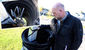 Vid årsskiftet luftade Jan Filipsson (S) ett tydligt missnöje över Trafikverkets underhåll av vägbelysningen i Ånge kommun. Ett missnöje som han nu åter ventilerat då inte mycket hänt trots löften om att påtalade brister skulle prioriteras.